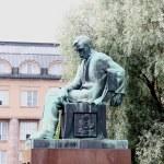 Monument Aleksis Kivi. The central area of Helsinki — Stock Photo #6613291