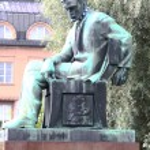 Monument Aleksis Kivi. The central area of Helsinki — Stock Photo #6613294