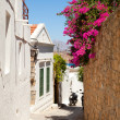 Narrow street in Lindos — Stock Photo