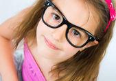 Portret van een vrij klein meisje — Stockfoto
