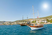 Splendid yachts at coast Aegean sea. — Stock Photo