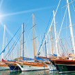 Yachts on the harbor. — Stock Photo