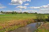 Paysage avec une rivière — Photo