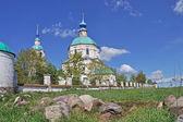 Vveděnskij chrám v florischi vesnici, rusko — Stock fotografie