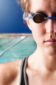 Woman swimmer — Stock Photo