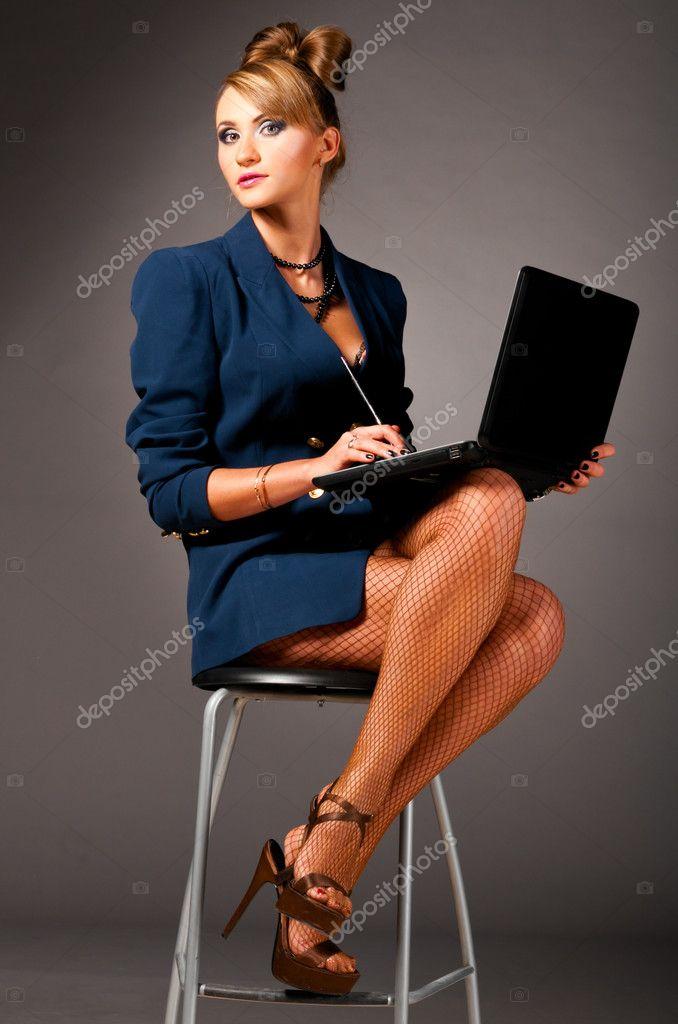 сексуальные девушки в офисе фото