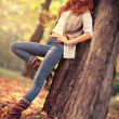 Young slim woman autumn portrait — 图库照片