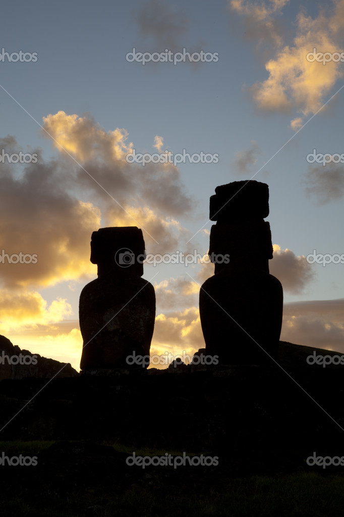 Easter Island Statues on sunset — Stock Photo #5570074