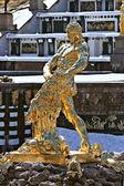 Fountain Samson in winter period — Stock Photo