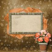 Telaio in legno per foto con nastro, perline e fiori — Foto Stock
