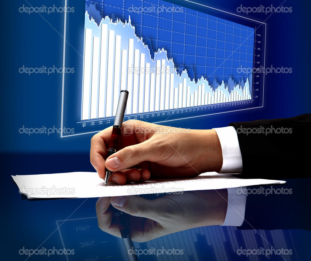 Businessman's hand with pen — Stock Photo #5827322