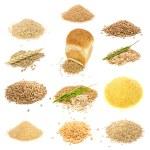 granos y cereales conjunto aislado sobre fondo blanco — Foto de Stock