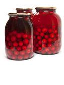 Słój z konserwowane wiśnie i czereśnie — Zdjęcie stockowe