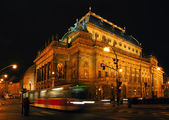 Night Prague National Theater — Stockfoto