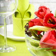 Tulips and glass - Foto Stock