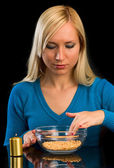 Girl prepares some food — Stock Photo