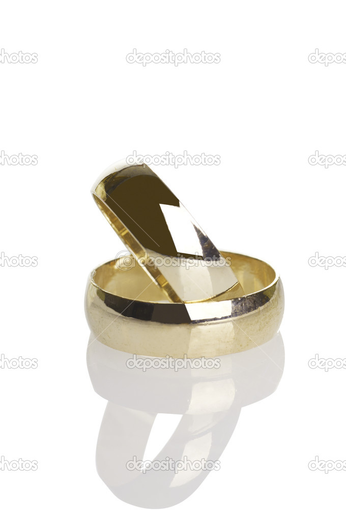 Wedding rings isolated on white  — Stock Photo #6727777