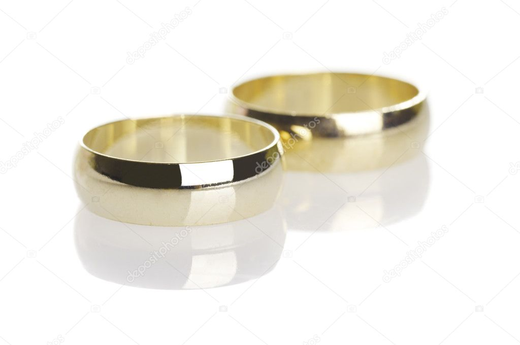Wedding rings isolated on white  — Stock Photo #6727782