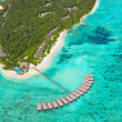 Tropical island at Maldives — Stockfoto