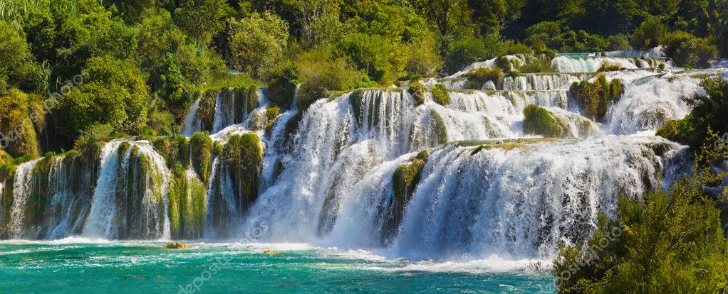 Waterfall KRKA in Croatia - nature travel background — Stock Photo #5562009