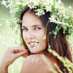 Beautiful young woman — Stock Photo #6022299