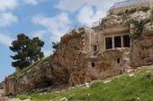 Ancient tomb of Benei Hezir in Jerusalem — Stock Photo