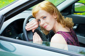 A woman behind the wheel — Stock Photo