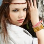 Beautiful hippie girl — Stock Photo
