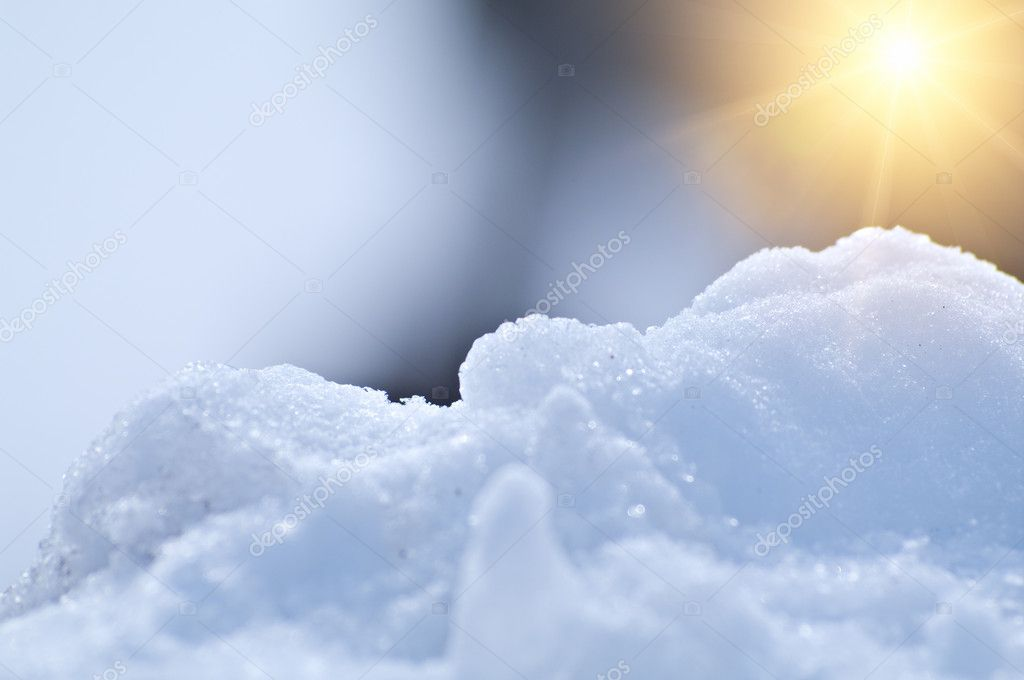 Beautiful snowy background with the sun. Shallow DOF. — Photo #5470223