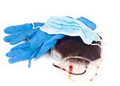 Handschoenen, masker, tas van bloed — Stockfoto