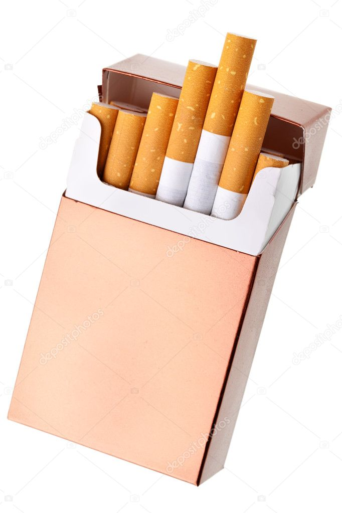 Cigarette pack isolated over the white background — Stock Photo #5673902