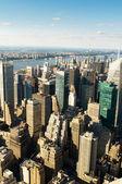 Panorama de la ciudad de nueva york con altos rascacielos — Foto de Stock
