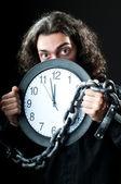 男は時計にチェーン — ストック写真