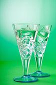 Agua en el cristal trasfondo gradiente — Foto de Stock