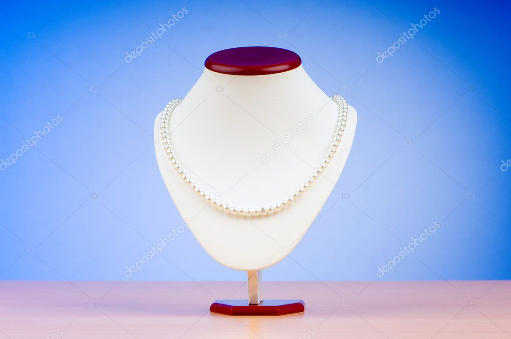 Fashion concept with necklace — Stock Photo #6350980