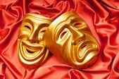 Maschere con il concetto di teatro — Foto Stock