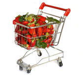 イチゴと分離のショッピング カート — ストック写真