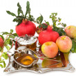 Pomegranates, honey with  ripe  fresh apple for Rosh Hashana — Stock Photo