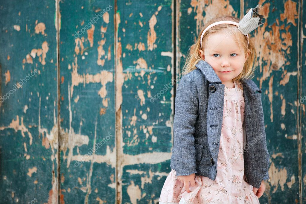 Portrait of very cute little princess outdoors — Stock Photo #5560053