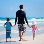 Family on vacation — Stock Photo #5898837
