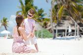 Mãe e filho de férias — Fotografia Stock
