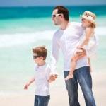 Family on Caribbean vacation — Stock Photo #6394200