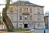 Old abandoned house in the historic district of Lublin, Poland — Stock Photo