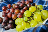 Grapes on a table — Stock Photo