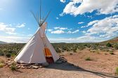 Teepee in american prairie — Stock Photo