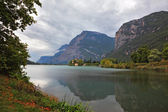 Toblino lake in the northern Italy — Stock Photo