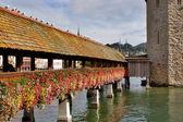 Ponte di fiori — Foto Stock