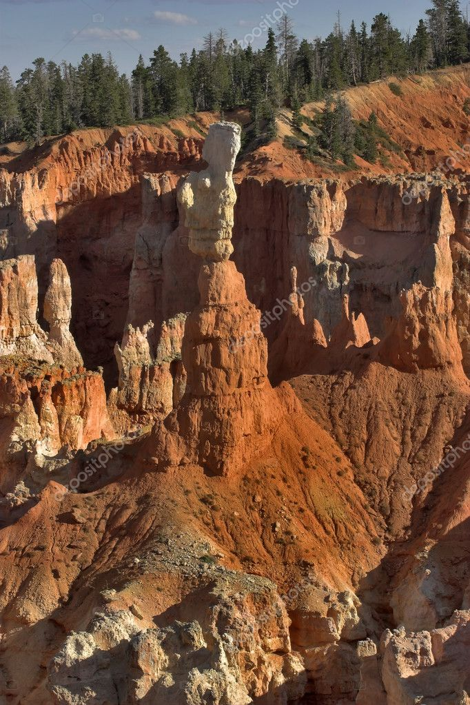 The well-known orange rocks in Bryce canyon in state of Utah USA — Stock Photo #6658210