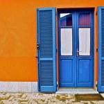 elegantní přední dveře, Toskánsko — Stock fotografie