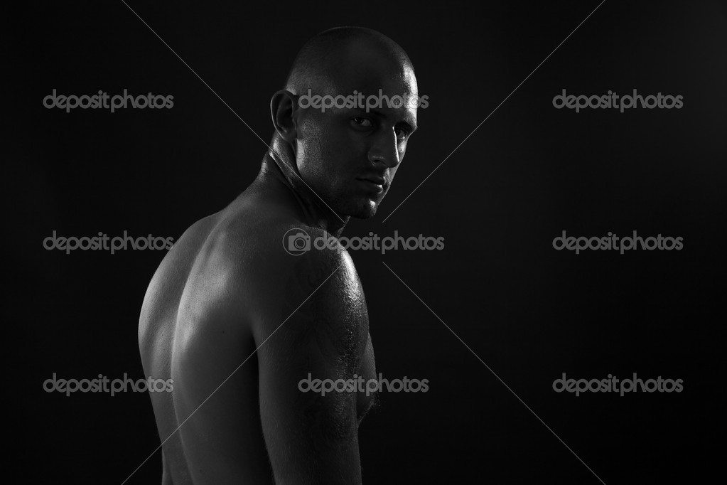 Poto of naked athlete with strong body — Stock Photo #6524204